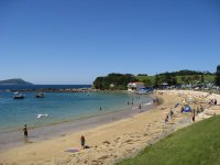 Lovely bright relaxing home in beachside town of Terrigal - Terrigal, New South Wales, Australia