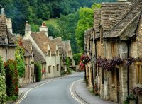 Edge of the Cotswolds - Caversfield, Oxfordshire, England